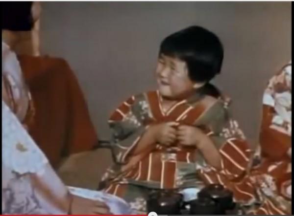 昭和10年のカラー映像を昭和3年生まれに見せてみた